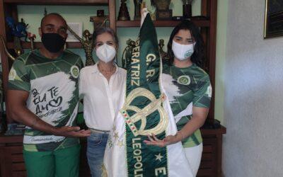 IMPERATRIZ APRESENTA SUA PREPARADORA DO PRIMEIRO CASAL DE MESTRE-SALA E PORTA-BANDEIRA