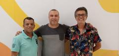 DUPLA DE CARNAVALESCOS É APRESENTADA NA FLOR DA MINA DO ANDARAÍ